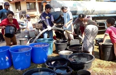 Wilayah Kesulitan Air Bersih Terus Meluas